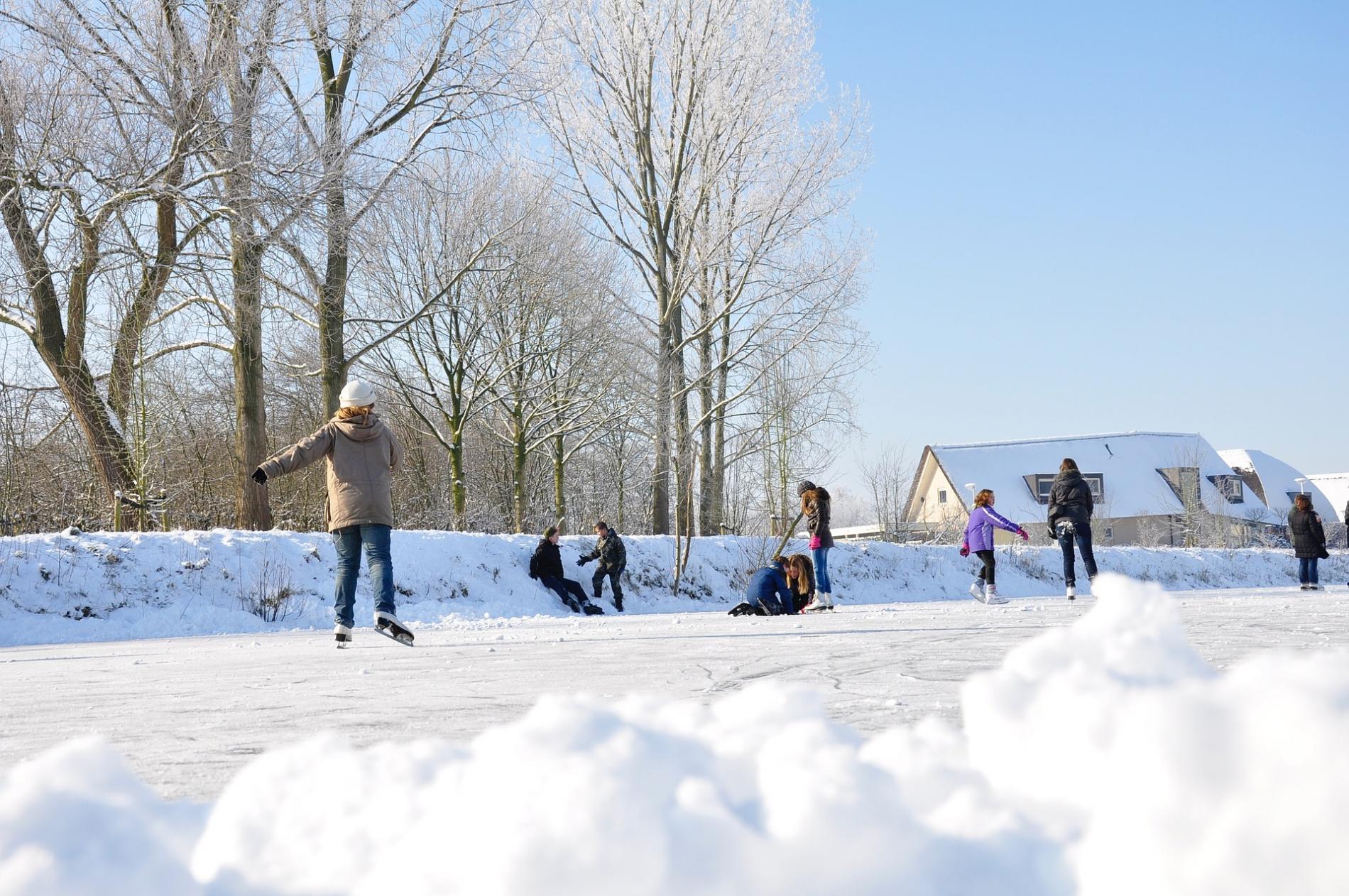 Afb kinderen schaatsen